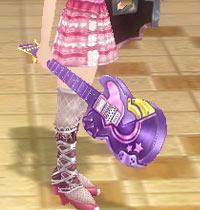 ギター片手.jpg